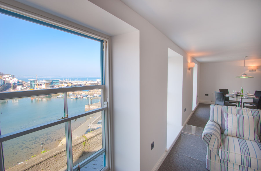Midships Apartment from Brixham Holiday Homes